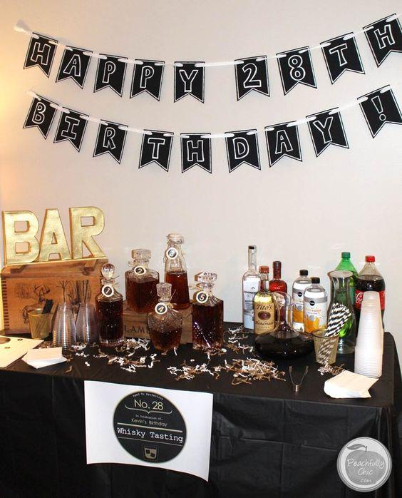 Decoración sencilla de una fiesta en casa para hombre