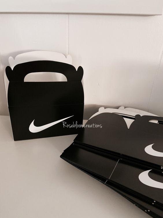 Dulceros para fiesta de Nike