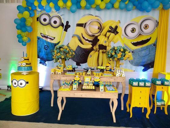 Piñatas para fiesta de minions