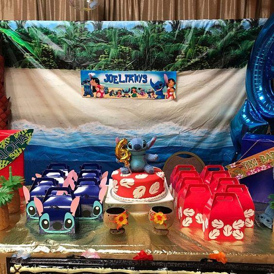 Mesas de postres para fiesta de lilo y stitch