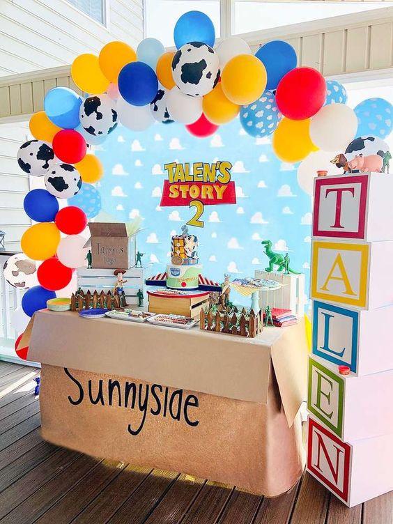 Mesas de postres para fiesta de toy story