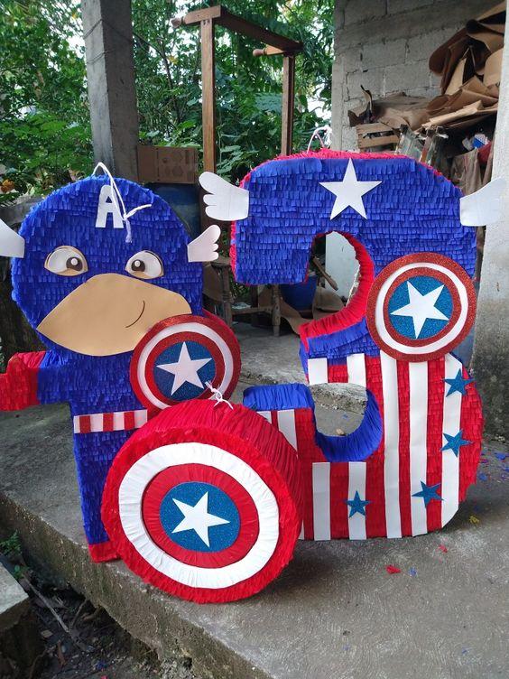 Piñatas para fiesta de capitán américa