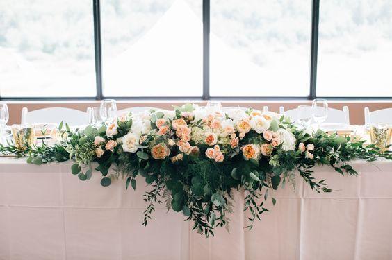 Ideas para mesa de novios con flores naturales