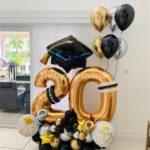 Ideas de arreglos de globos gigantes para graduados